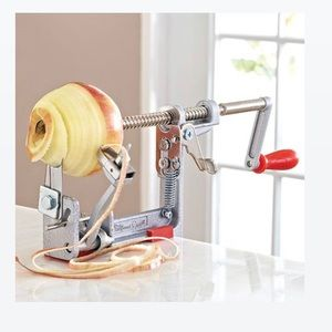 The Pampered Chef | Apple Peeler